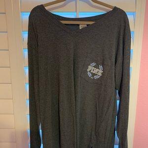 NWT-PINK VIctoria's Secret Grey T-shirt - Size M